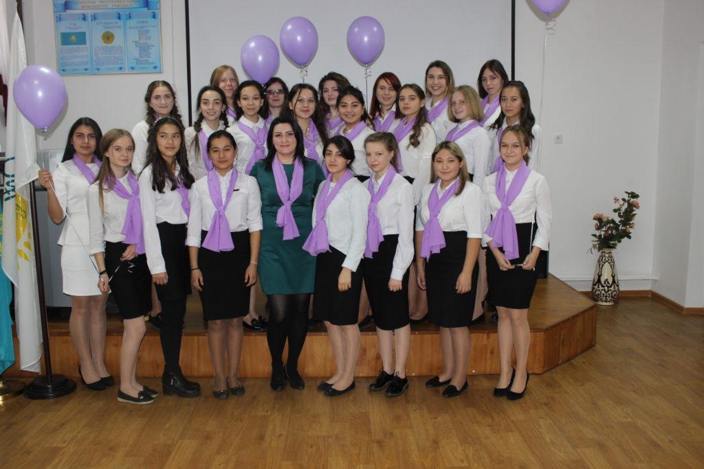 Творческие, улыбчивые, бесстрашные — все это характеристика группы Ш-12. куратор Шелаева и.С. сумма баллов за выступление -111